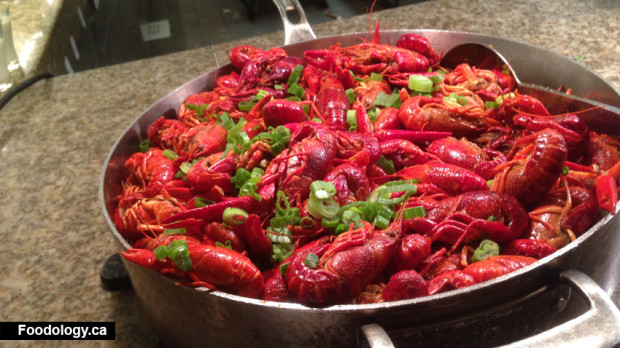 Bacchanal-Buffet-crawfish