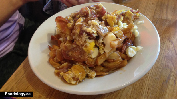 frenchies-breakfast-poutine