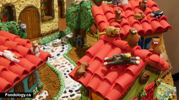 gingerbread-competition-cats