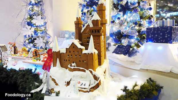 hyatt-gingerbread-castle
