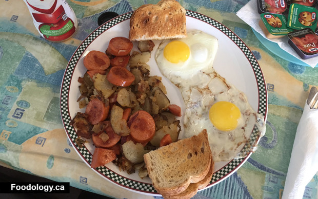 pauls-sub-shop-breakfast-egg