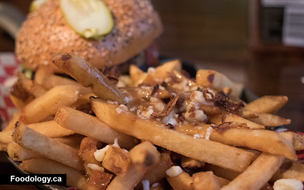 relish-commercial-poutine