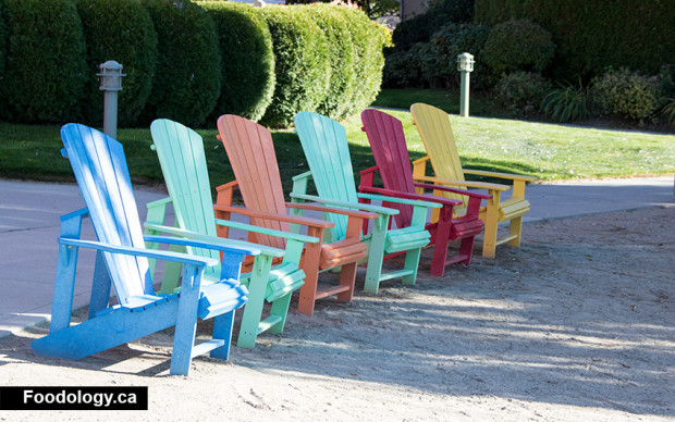 manteo-chairs