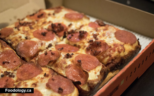 little-caesars-deep-dish-bacon