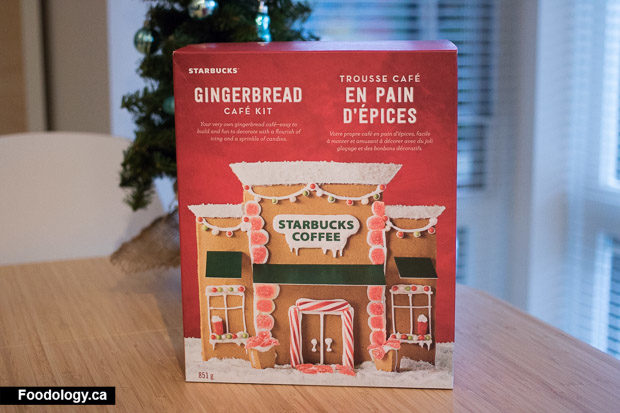 starbucks-gingerbread-house-1